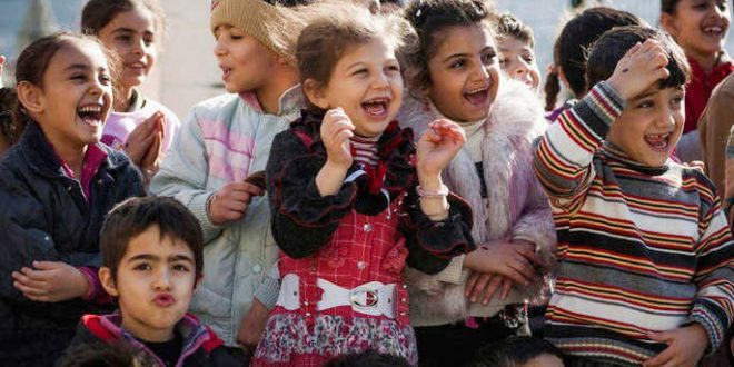 Clowns without borders visit Syrian refugee children.